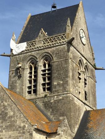 Orglandes, Fransa: St. Mere Eglise, Airborne assault