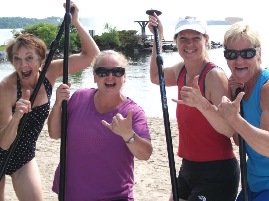Barrie, Canada: Happy Paddlers!