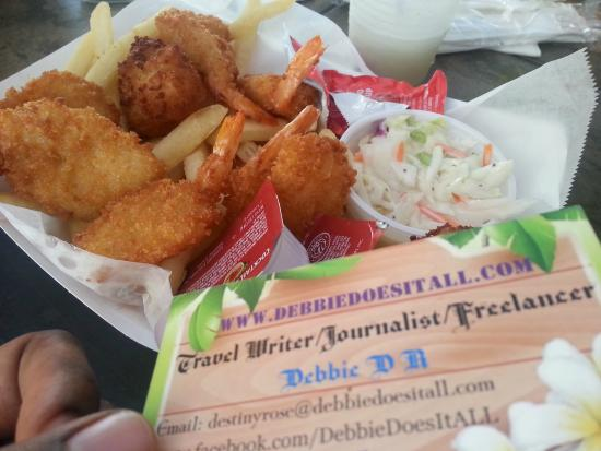 Outrigger Tiki Bar and Deckside Cafe: Shrimp Fries & sides I got at outrigger