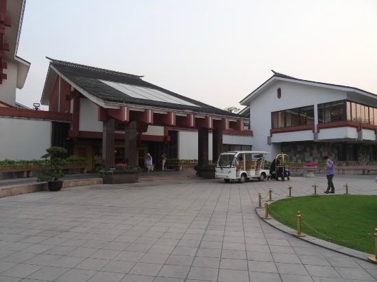 Xijiao State Guest Hotel: Beautiful lobby