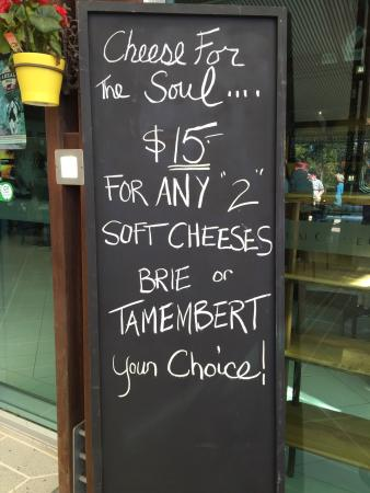 Witches Chase Cheese: photo0.jpg