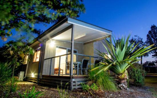 North Coast Holiday Parks Lennox Head : Deluxe Villa verandah