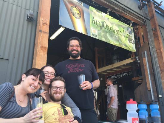 Santa Cruz Bike Tour: Delicious mid-ride beer at Santa Cruz Mountain Brewing