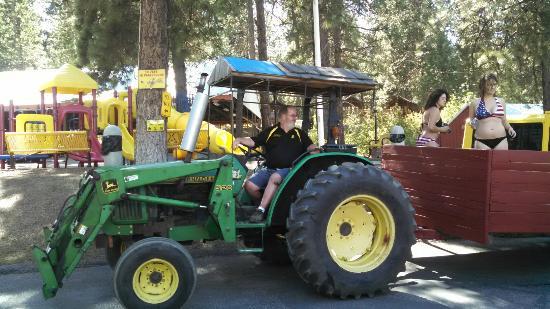 Leavenworth / Pine Village KOA: The hay ride is back! It was a wet hay ride on July 4th weekend. The campers loved it! People we