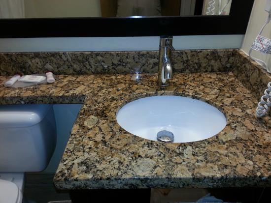 Ramada Limited Vancouver Airport: Updated bathroom counter, sink and faucet