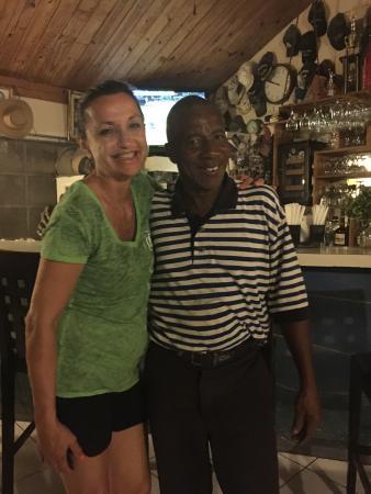 Tingum Village Hotel: Mickey' the Chef