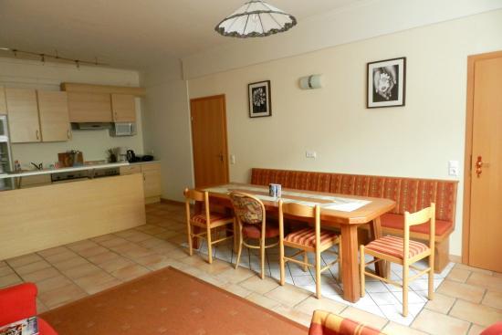 Hotel Garni Erlbacher: Appartement