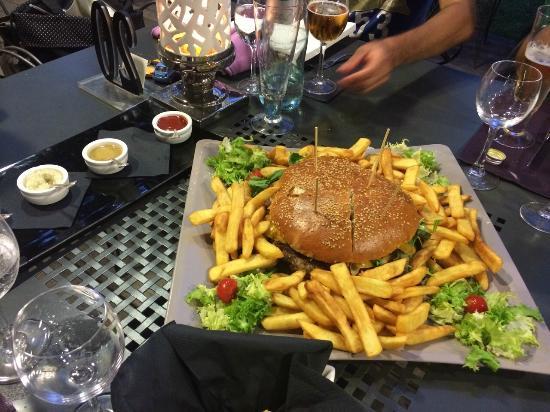 Noa: Hamburger di chianina da 1kg