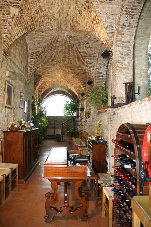 Ristorante Rocca del Borgia: interno ristorante