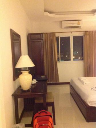 Lao Golden Hotel: Room