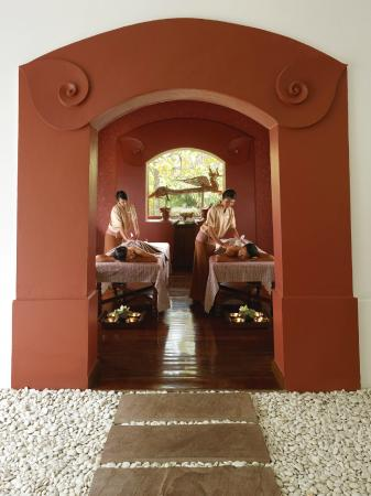 Traditional Thai Massage at the Spa - Picture of Spa at Four Seasons