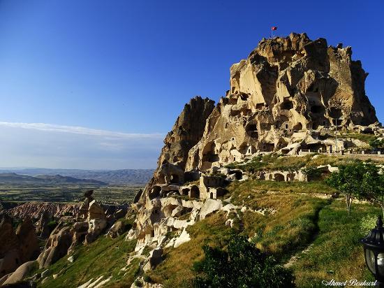 Uchisar Castle: Uçhisar Kalesi