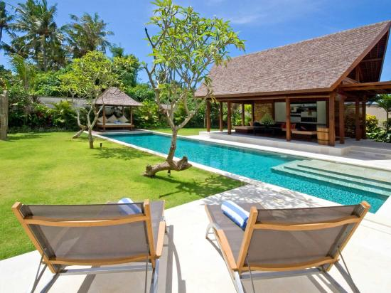 Saba Villas: Villa Yudhistira - swimming pool view