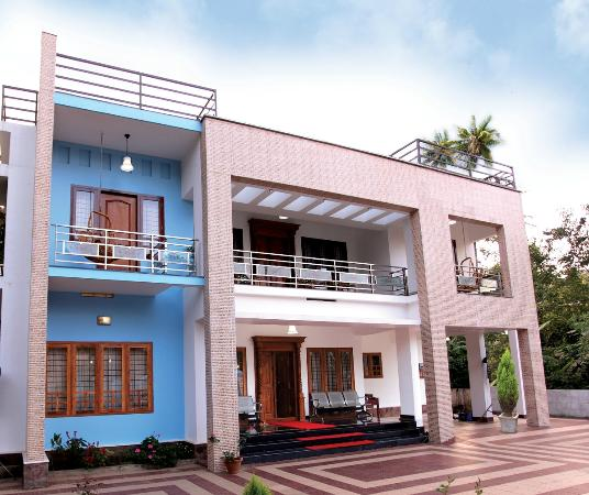 Periyar Villa Home Stay: Periyar Villa Front View