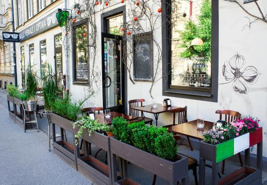 Аперитиво, Рига - 49 фото ресторана - TripAdvisor: https://www.tripadvisor.ru/Restaurant_Review-g274967-d3967435-Reviews-Aperitivo-Riga_Riga_Region.html