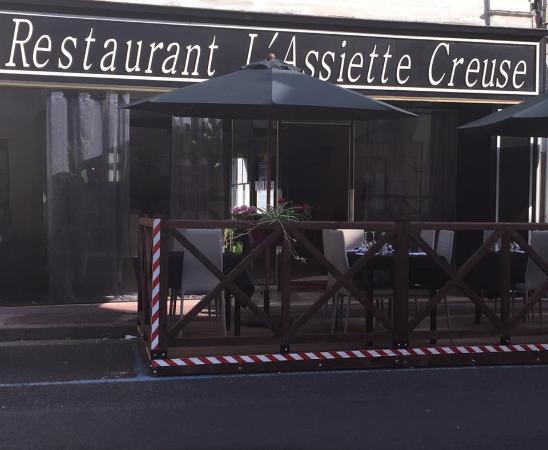 t rrasse picture of restaurant l 39 assiette creuse descartes tripadvisor. Black Bedroom Furniture Sets. Home Design Ideas