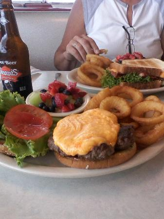 DJ's 50's and 60's Diner: Burger with Cheddar Cheese, onion rings, fresh fruit cup