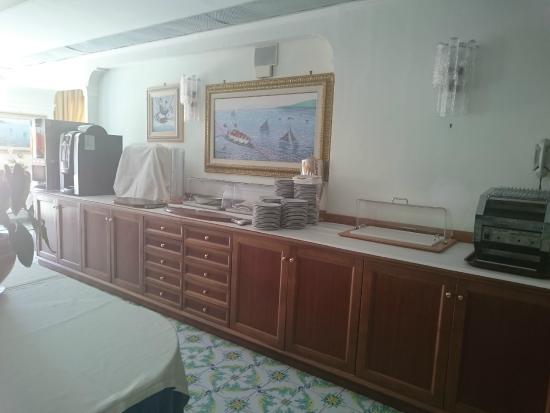 Hotel Montana: Dining room bar