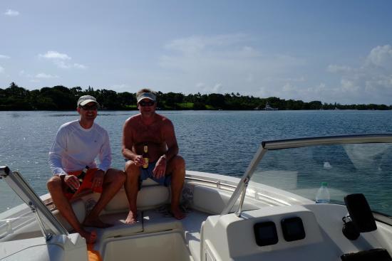 Jupiter, FL: Great boat for 4-6 people