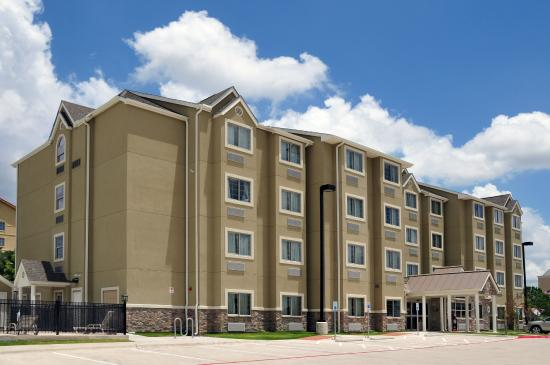 Microtel Inn and Suites by Wyndham Austin Airport: Microtel Inn & Suites Austin Airport
