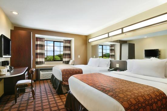 Microtel Inn and Suites by Wyndham Austin Airport: Guest Room