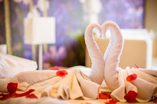 Hotel SLOVAN Tatranska Lomnica: romantická výzdoba izby