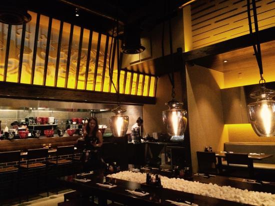 Jinya Ramen Bar Restaurant