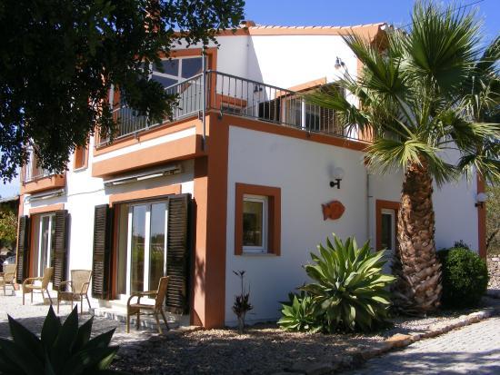 Quinta Arruba Guest House: First view of Quinta Arruba