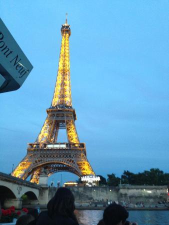 Париж, Франция: Eiffel Tower