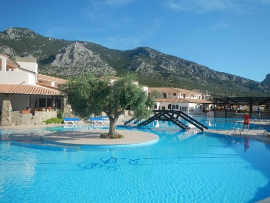 Piscina picture of club esse cala gonone beach village cala gonone tripadvisor - Piscina san giovanni in persiceto ...