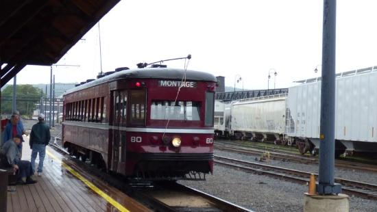 The Electric City Trolley Station and Museum : Our Trolley Arrives