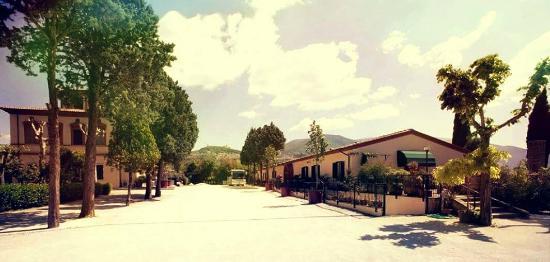 Hotel Villa Elda: Parcheggio esterno