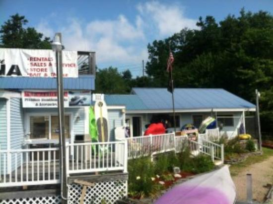 Freedom, NH: Ossipee Lake Marina Snack Shack