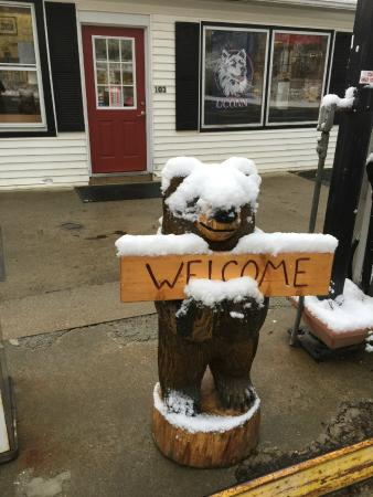 Norfolk, CT: Welcome Bear in Winter