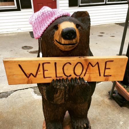 Norfolk, CT: Welcome Bear