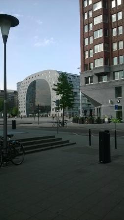 citystudios: Market hall nearby