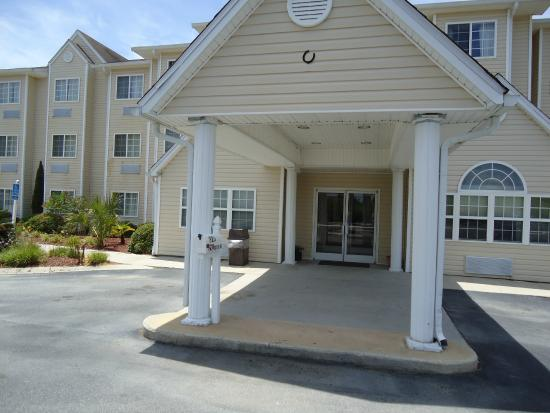 Motel 6 Brunswick South: Exterior