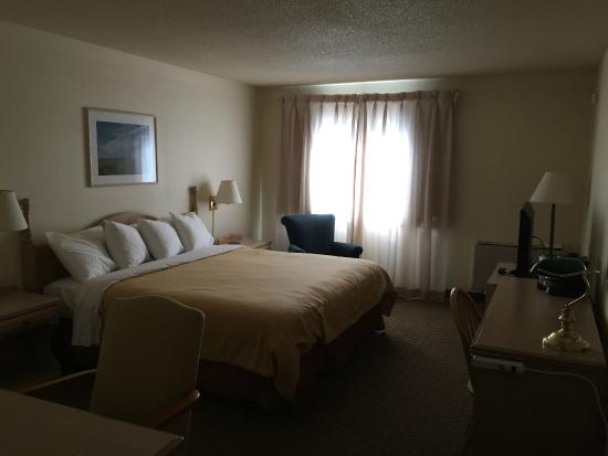 Travelodge Suites New Glasgow: Bedroom