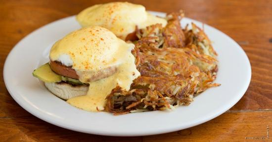 Pork Store Cafe: Best Eggs Benedict!!!