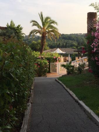 雅間飯店張圖片