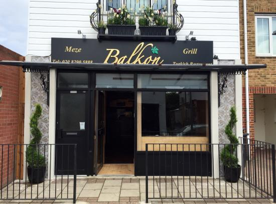 balkon picture of balkon meze grill turkish restaurant bromley tripadvisor. Black Bedroom Furniture Sets. Home Design Ideas