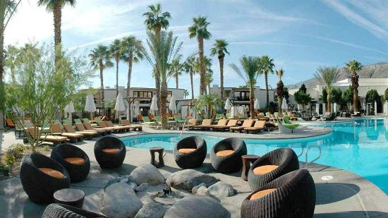 Poolside picture of the riviera palm springs a tribute for The riviera palm springs ca