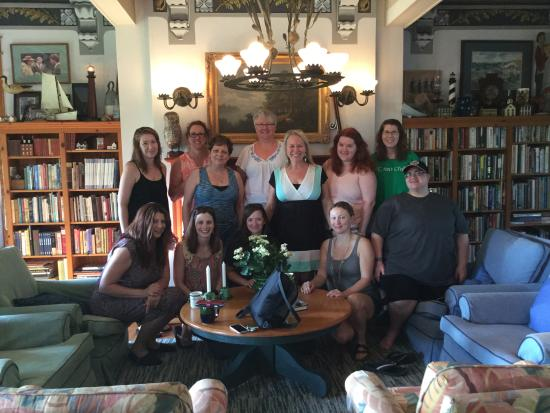 Roanoke Island Inn: Our Group w/The Author weekend