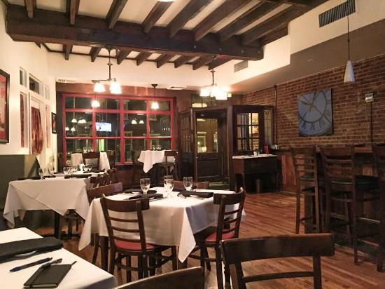 Restaurants Near Olivet College