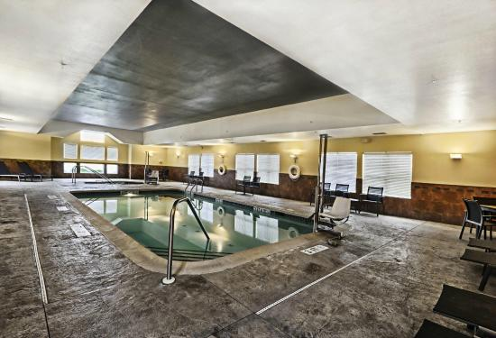 Residence Inn Mt. Laurel at Bishop's Gate: Pool