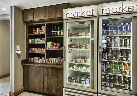 ريزيدانس إن باي ماريوت موتل لوريل آت: The Market