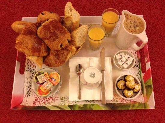 Hotel Festival: un délicieux petit déjeuner, que des bons produits frais