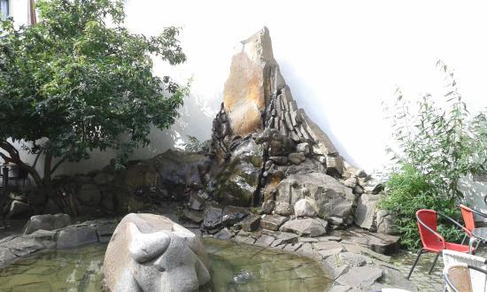 Brunnen in der Kunsthofpassage
