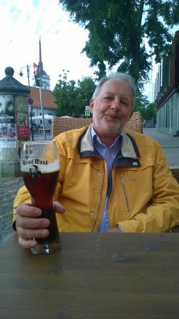 "Pub Vaekoda: Beer ""Black nun"" in the glass ""Blond monk"" :)"