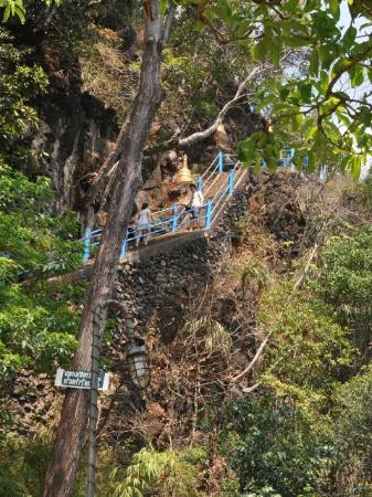 photo8.jpg - Picture of Tiger Cave Temple (Wat Tham Suea ...
